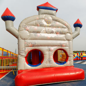 Pontins Outdoor Inflatable Course!
